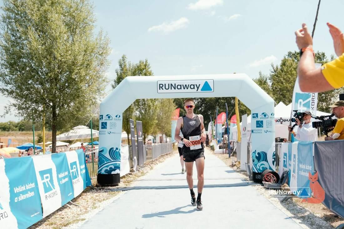 Büki Ádám második lett a Lupa Love Run félmaratoni távján